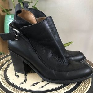 Zara Basic Ankle Heeled Booties Size 39 USA 8